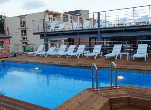 Отель с бассейном Дивноморский
